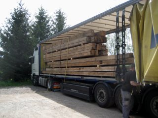 reclaimed timber loading