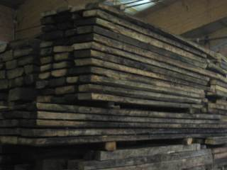 thick spruce decking (8 cm)